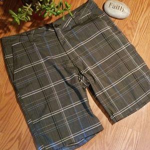 O'Neill shorts 36 like new
